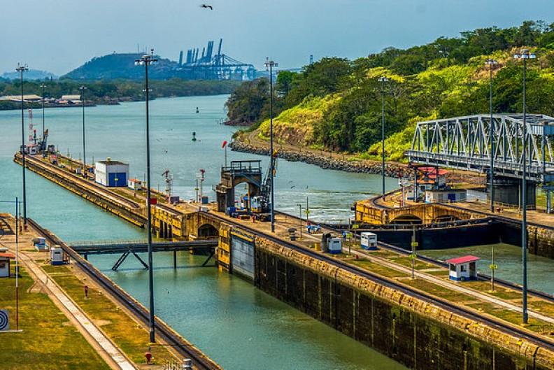 Chińskie inwestycje w Kanale Panamskim zapewnią Pekinowi jeszcze większy rozwój gospodarczy. Fot.: GameOfLight / Wikimedia Commons