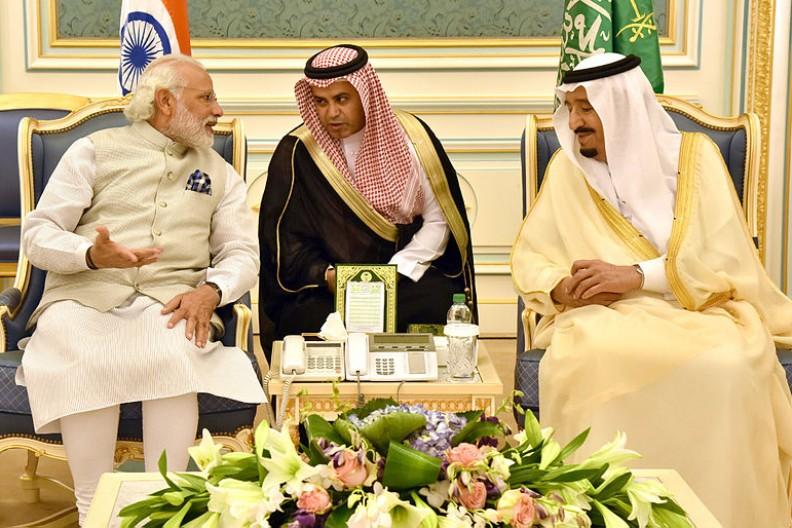 Spotkanie króla Salmana z premierem Indii w Arabii Saudyjskiej w 2016 roku.   Fot.: Narendra Modi/Wikimedia Commons