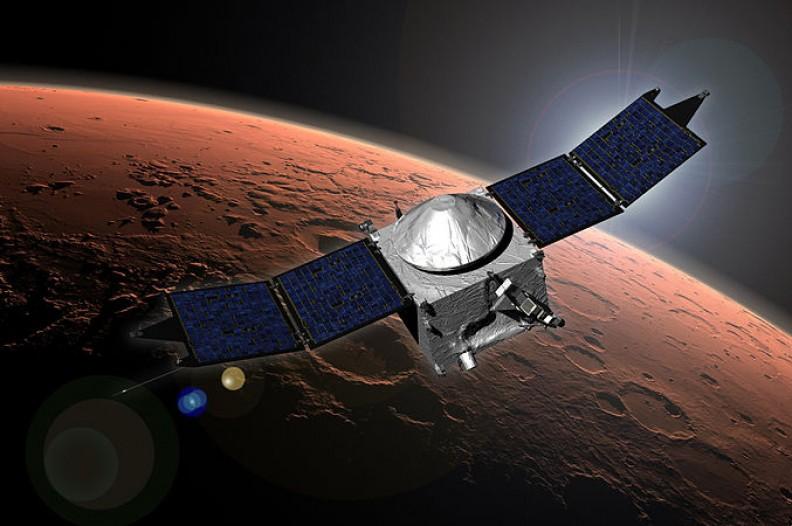 Niezależnie od tego czy w przestrzeń kosmiczną zostanie wysłany statek z ludźmi czy tylko satelita, zawsze istnieje ryzyko wystapienia zanieczyszczeń mikrobiologicznych.    Fot.:NASA/Goddard Space Flight Center/Wikimedia Commons