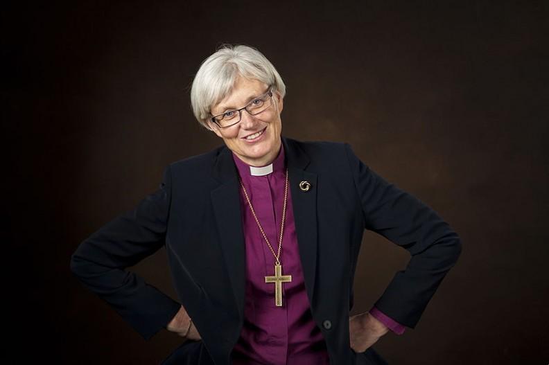 Antje Jackelén, kobieta-biskup kierująca Kościołem ewangelicko-luterańskim w Szwecji.    Fot.:Jan Norden / IKON/3.0 Unported/Wikimedia Commons