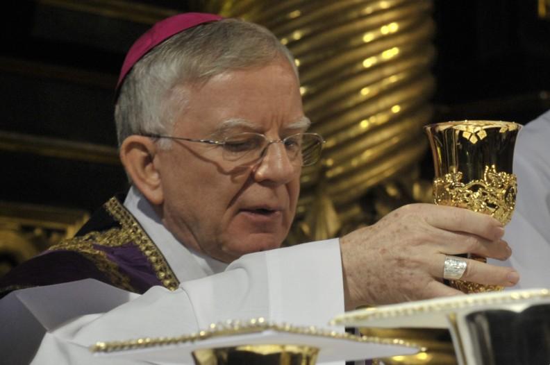 Abp Marek Jędraszewski celebruje Mszę św. w okresie Wielkiego Postu. Fot. Adam Bujak