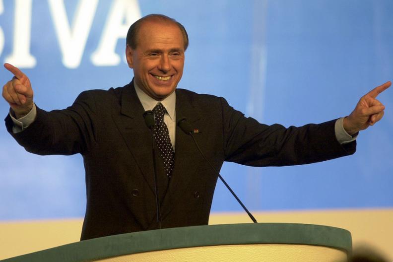 Silvio Berlusconi, były premier Włoch na spotkaniu ze swoją partią polityczną Forza Italy. / Źródło: Wikipedia