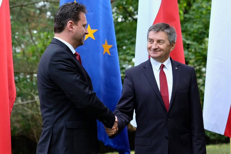 W czasie spotkania prezydiów parlamentów Polski i Czech podkreślamy, że w Grupie Wyszehradzkiej nigdy nie doszło do konfliktu interesów. Fot.: Facebook@KuchcinskiMarek