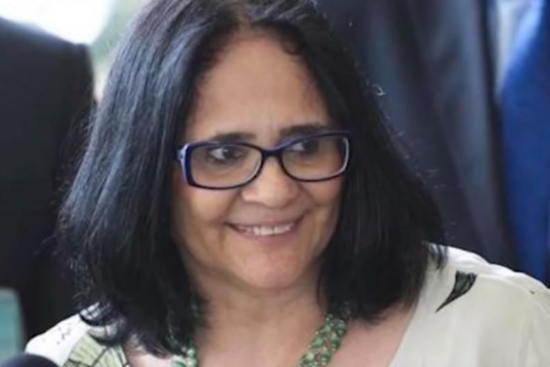 Damares Alves, minister ds. kobiet, rodziny i praw człowieka