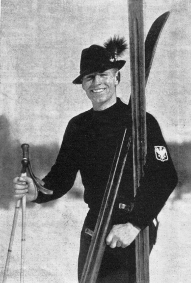 Stanisław Marusarz, skoczek narciarski i alpejczyk, czterokrotny olimpijczyk, trener i propagator sportu, wicemistrz świata w skokach z 1938r. z Lahti. Zasłynął ucieczką, po otrzymaniu wyroku śmierci, z niemieckiego więzienia na Montelupich w Krakowie.