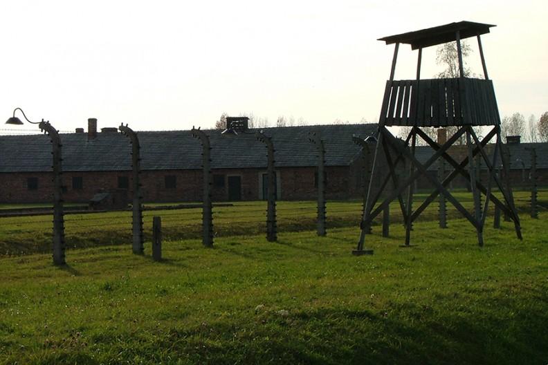 Były Niemiecki Nazistowski Obóz Koncentracyjny Auschwitz-Birkenau  Fot. Wikimedia