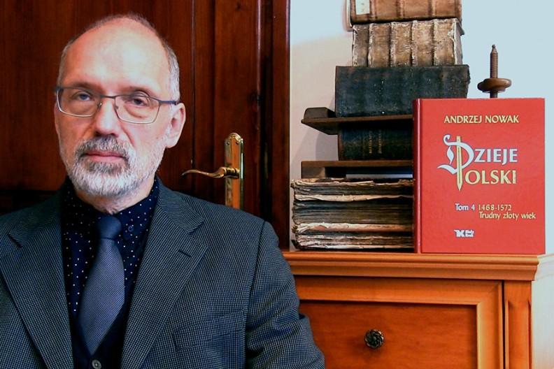 Prof. Andrzej Nowak przedstawia 4 tom swoich