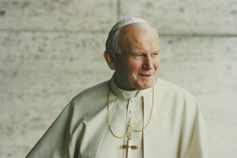 Ojciec Święty Jan Paweł II  Fot. Adam Bujak/Biały Kruk