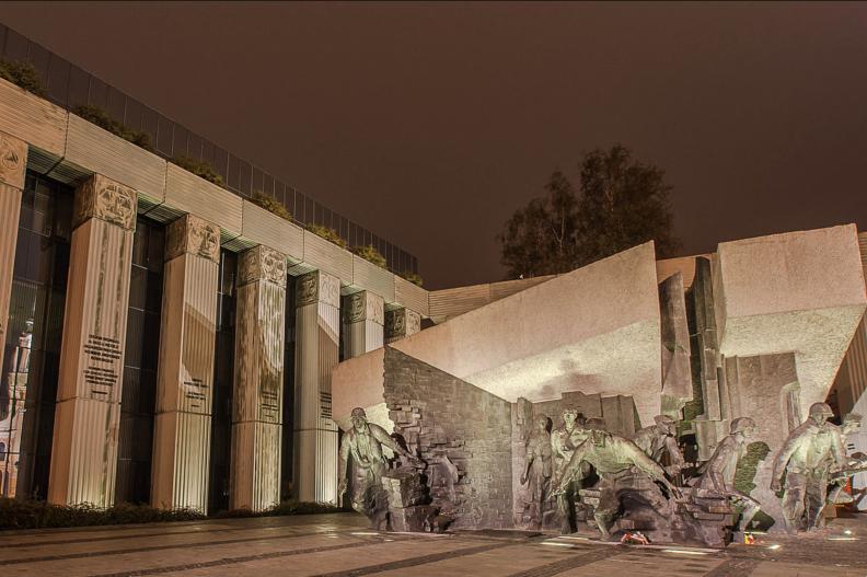 Budynek Sądu Najwyższego w Warszawie. Fot.: Spens03/CC-BY-SA-3.0