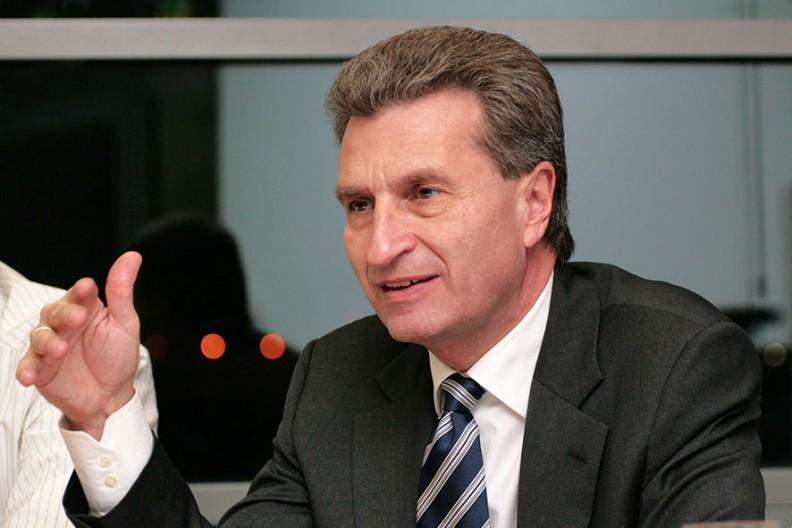 Günther H. Oettinger   Fot. Wikimedia/Jacques Grießmayer