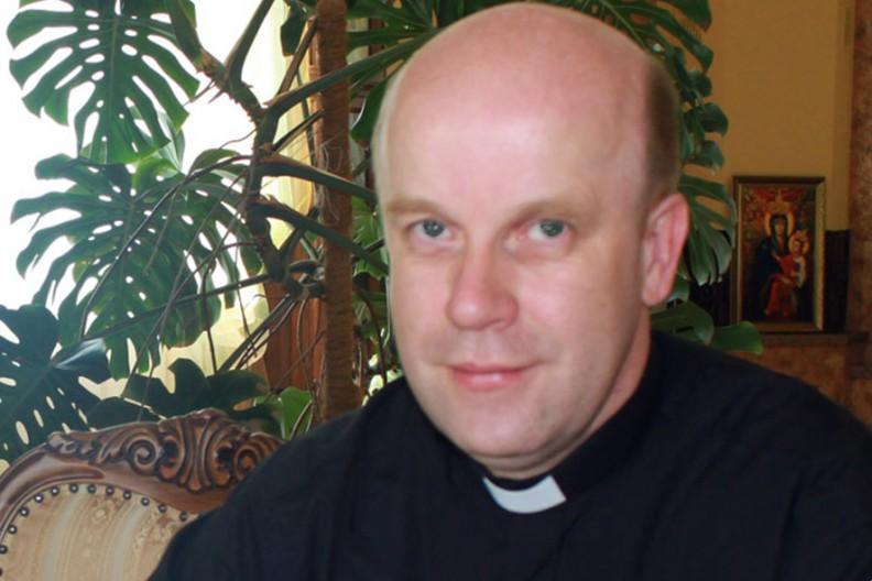 Ks. Cezary Chwilczyński  Fot. slowopolskie.org