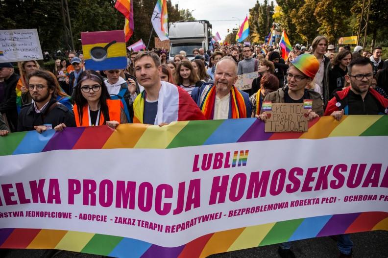 Również i w Polsce spotykamy się z nachalną promocją ideologii LGBT. Na zdjęciu tzw. marsz równości w Lublinie w 2019r. fot. PAP, Wojtek Jargiło