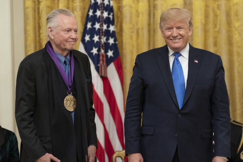 Jon Voight i Donald Trump. fot. Wikipedia