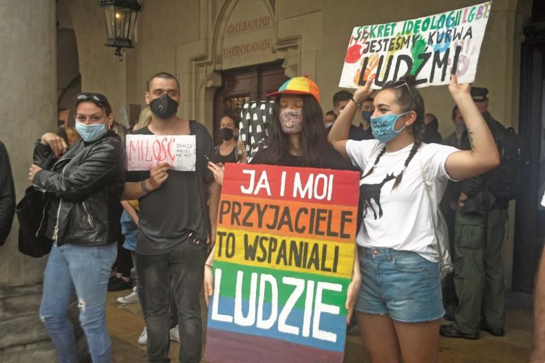Również i w Polsce doświadczamy niszczących wpływów ideologii LGBT. fot. Adam Wojnar