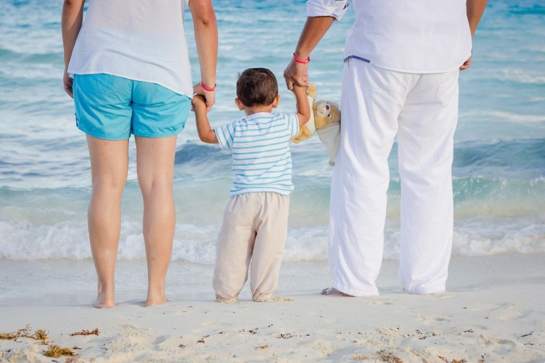 Rodzina, czyli rodzice i dzieci to podstawa naszej cywilizacji, cywilizacji życia, a nie cywilizacji śmierci, którą promują aborcjoniści. fot. Pixabay