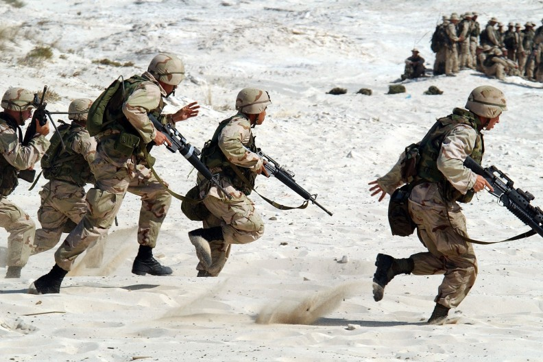 Czy osoby z zaburzeniami tożsamości płciowej są w stanie sprostać trudnej służbie w armii? Zdjęcie ilustracyjne. Fot. Pexels