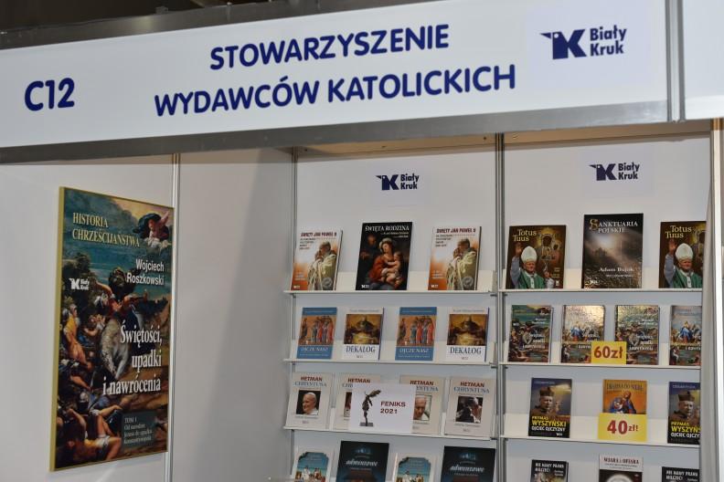 Z bogatej oferty wydawniczej Białego Kruka każdy wybierze coś dla siebie! Zapraszamy po wyjątkowe książki w promocyjnych, targowych cenach.