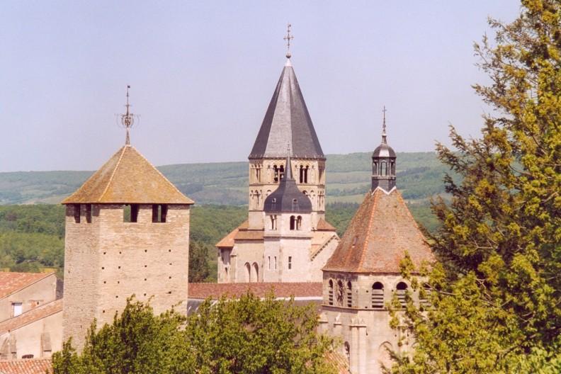 Opactwo świętych Piotra i Pawła w Cluny. fot. CC BY-SA 1.0, https://commons.wikimedia.org/w/index.php?curid=1028950