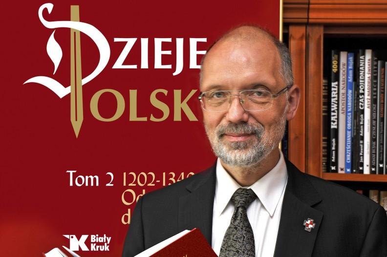 Prof Andrzej Nowak prezentuje Dzieje Polski. Fot.: Leszek Sosnowski