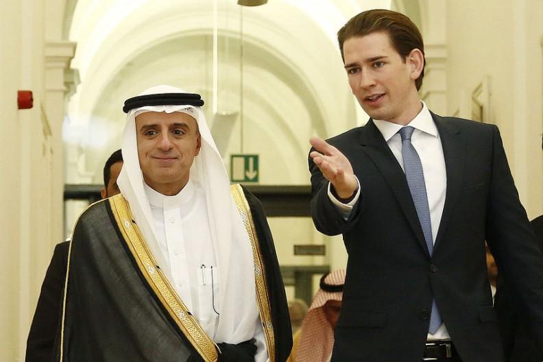 Austriacki minister spraw zagranicznych Sebastian Kurz i jego odpowiednik z Arabii Saudyjskiej Adel bin Achmed al-Dschubeir. Fot.: Bundesministerium für Europa, Integration und Äusseres/Wiki Commons